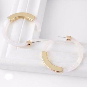 White Gold Bar Acrylic Tortoise Hoop Earrings